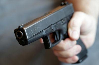 В Новоодесском районе мужчина из-за долга, расстрелял своего знакомого