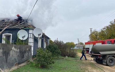 В Новоодесском районе снова из-за плохой электропроводки горел жилой дом (Фото)