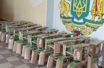 Учебные заведения Еланецкого района получили комплекты мебели