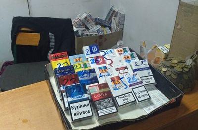 В Николаеве налоговики совместно с полицией выявили факт незаконной реализации алкогольных напитков и табачных изделий
