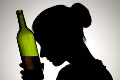 В Николаеве пьяная женщина наврала полиции заявив, что к ней в дом ворвались неизвестные люди