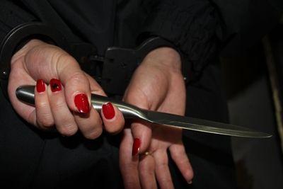 В Николаеве пьяная женщина зарезала своего сожителя