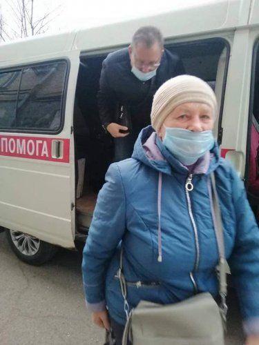 Николаевским медикам в случае возникновения трудностей с проездом на работу предложили жаловаться в облгосадминистрацию