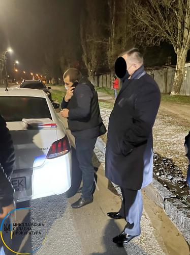 В Николаеве по подозрению в получении взятки задержан чиновник Госпродпотребслужбы