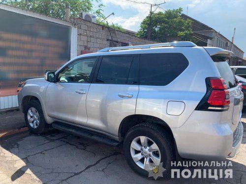 В Николаеве полиция разыскивает угнанный Toyota Land Cruiser Prado